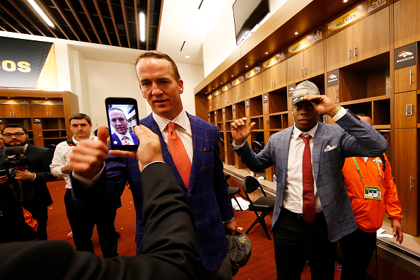 Manning cited in lawsuit against college